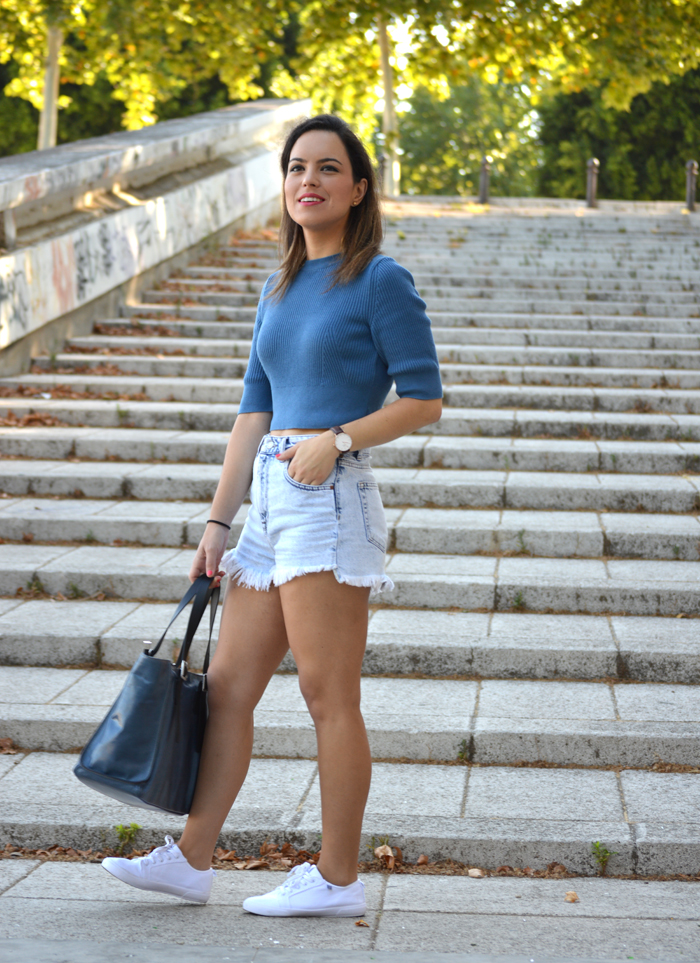Sweet Perdition_Blogger Sevilla_Blogger sevillana_Blogger de moda_Robert Pietri_Shorts denim_Crop top canalé_Ootd_Street style Sevilla_8