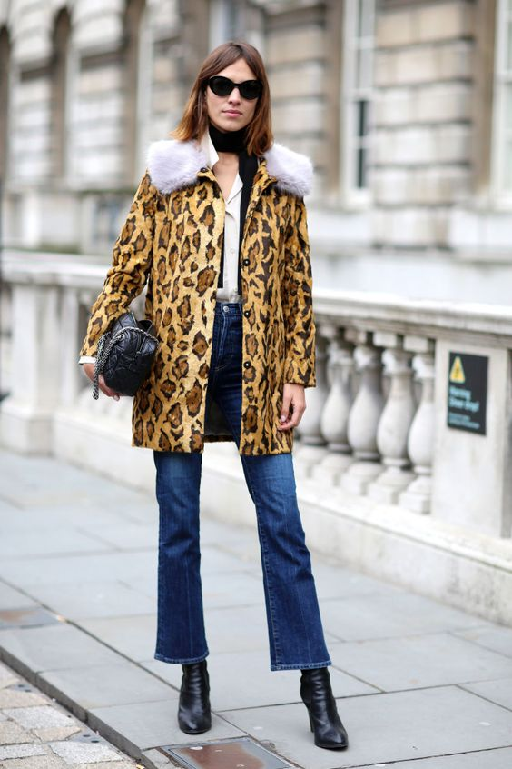 Cropped flared jeans Alexa Chung